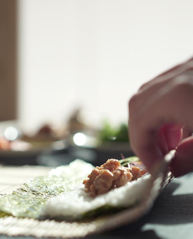 巻き寿司(MAKI ROLL)のイメージ画像です。